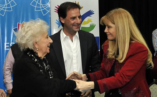 Acuerdo de cooperación con las Abuelas de Plaza de Mayo