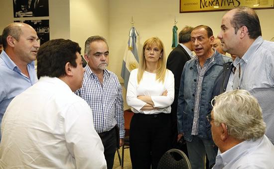 Primer encuentro sobre presupuesto en la Plata